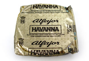 http://www.rbird.com/movabletype/askmarivi/archives/images/Havanna_Alfajor.jpg